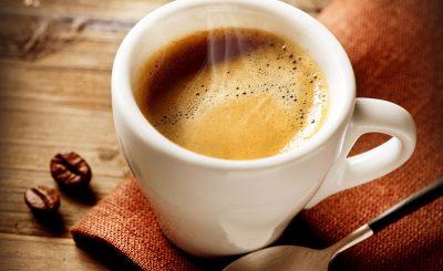 Sette modi per svegliarsi rinunciando al caffè.